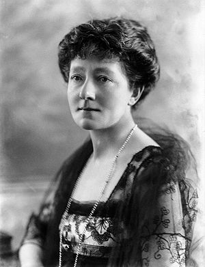 Mabel Terry-Lewis - Mabel Terry-Lewis photographed by Bassano in 1920