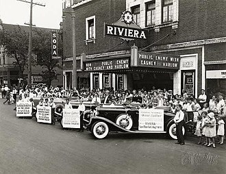 Lincoln Village, Milwaukee - The former Riviera Theater is now a storage facility for the Milwaukee Bicycle Co..