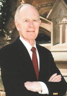 Robert Fagles American academic and translator (1933–2008)