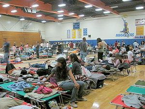 2007 California wildfires - Evacuees at evacuation site Mira Mesa High School