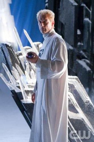 "Jor-El - Julian Sands as Jor-El in the ninth season Smallville episode ""Kandor""."