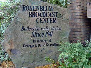 WISR - Stone commemorating the Rosenblum founding station ownership, at the front of the building at 357 North Main Street in Butler.