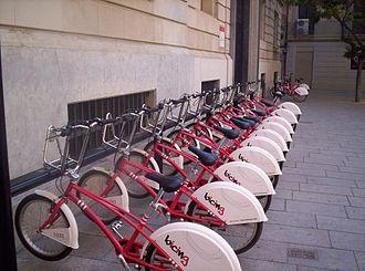 Bicing - Image: Barcelona bike program 3