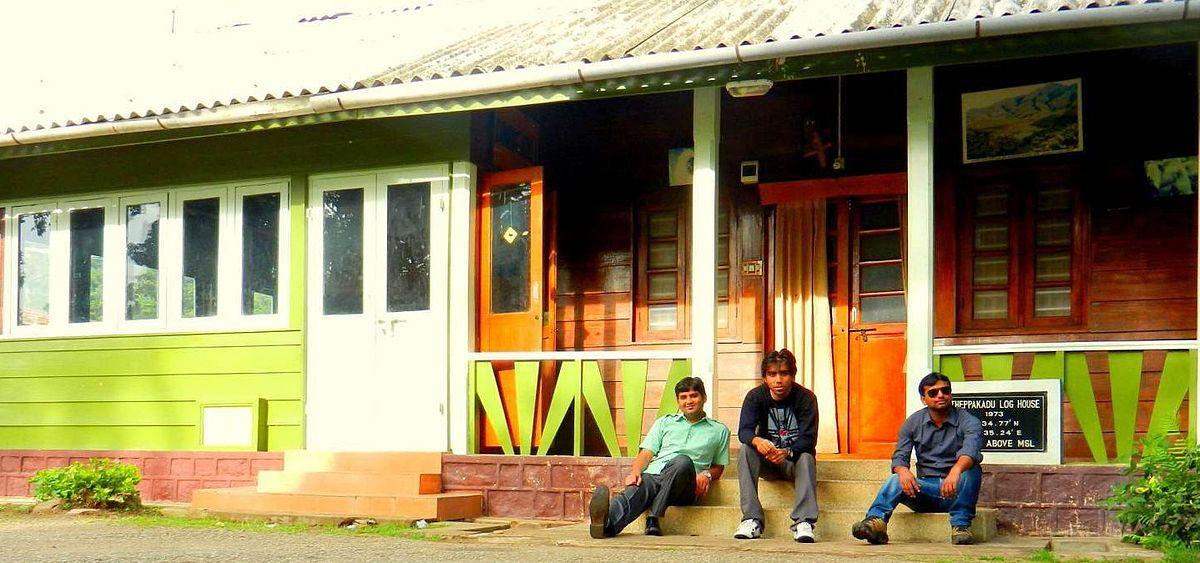 Tourists at the Theppakadu Log House .jpg