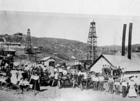 Oil fields of the Brea area, early 1900s
