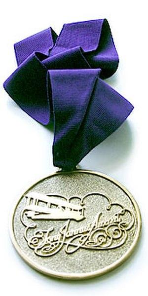 Tony Jannus Award - Tony Jannus Award medallion