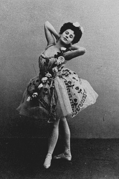 File:Awakening of Flora -Anna Pavlova -1900.JPG