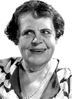 Marie Dressler - Dressler in 1930