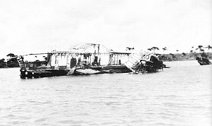 Ozone (paddle steamer) - The wreck of the Ozone at Indented Head in the 1920s.