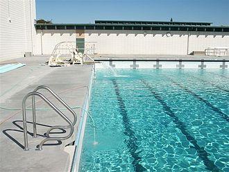 Homestead High School (Cupertino, California) - Homestead High School's swimming pool.