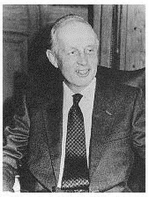 Edward Youde - Image: Sir Edward Youde
