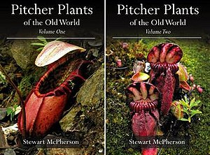 Pitcher Plants of the Old World - Covers showing N. northiana (left) and C. follicularis (right)