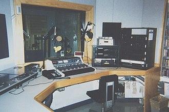 WTBU (college radio) - WTBU air studio in COM, circa 1997 right after moving in