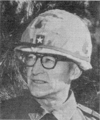 Battle of Dak To - Brigadier General Leo H. Schweiter, commander of the 173rd Airborne Brigade