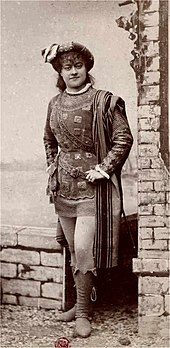 young woman disguised in men's clothes of the mediaeval period