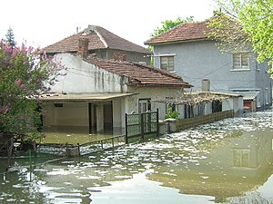 2006 European floods - Flooding in Nikopol, Bulgaria