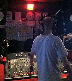 Kane 103.7 FM - Kane FM Studio
