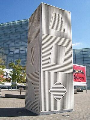 Sol LeWitt - Sol LeWitt, Tower, Figge Art Museum, Davenport, Iowa, USA, 1984.