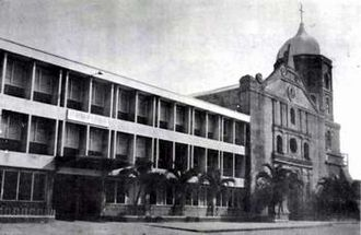 St. Andrew's School (Parañaque) - The old facade of St. Andrew's School and St. Andrew Parish.