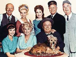 Smiley Burnette - Burnette (far right) and cast of Petticoat Junction