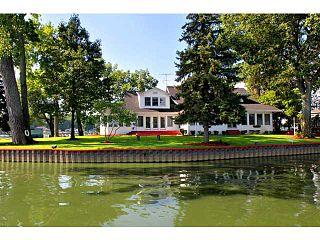 Round Island (Ohio) located within Buckeye Lake, Fairfield County