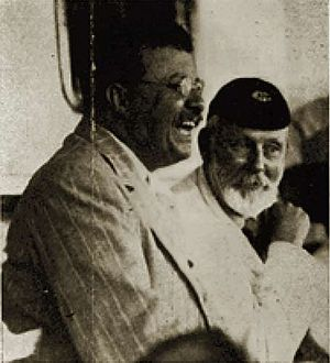 Frederick Selous - Theodore Roosevelt and Selous in Africa, ca 1909.