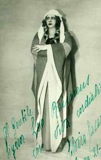 Elvira Casazza singer