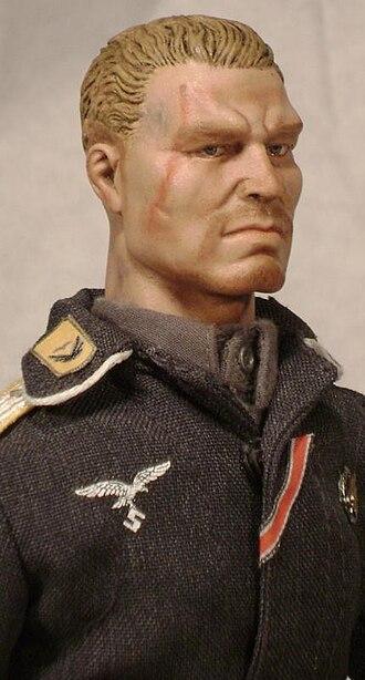 Repaint - An example of a 1:6th headsculpt repaint.