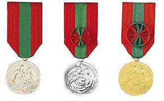 Médaille de la Famille française - Image: Medaillesdelafamilef rancaise