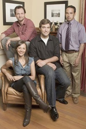 Unhitched - The cast of Unhitched.