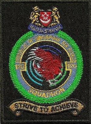 120 Squadron, Republic of Singapore Air Force - Image: 120Sqn shoulder patch