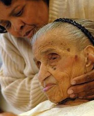 Emma Tillman - Emma Tillman aged 114 with great-grand daughter Carol Stewart