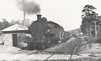 Richmond Vale railway line - Richmond Vale Railway's No.10 Richmond Main at Doghole crossing after leaving Stockrington in May 1972