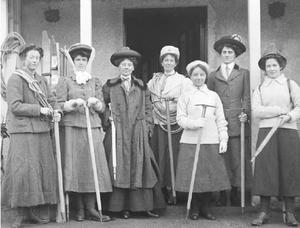 Ladies' Scottish Climbing Club - Image: Ladies Scottish Climbing Club 1909