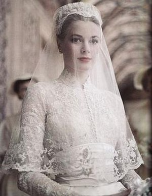 Wedding dress of Grace Kelly - Image: Grace kelly wedding dress