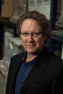 James-spader-as-robert-california-in-the-office.jpg