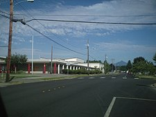 Totem Middle School (formerly Marysville Junior High School) in Marysville. Mount Pilchuck can be seen in the background.