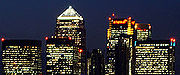 Canary Wharf: Aircraft warning lights