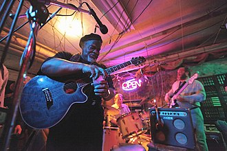 Danny Cox (musician) - Image: Dannycoxsinger