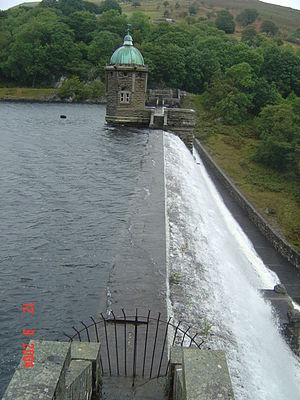 Elan Valley Reservoirs - Pen-y-garreg dam, c. 2004