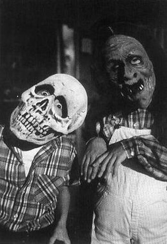 Halloween III: Season of the Witch - Skeleton and witch masks created by Don Post, worn by Dan Challis's (Tom Atkins) children.