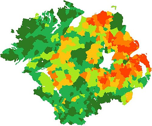 Percentage of Catholics in each electoral division in Ulster. Based on census figures from 2001 (UK) and 2006 (ROI). 0-10% dark orange, 10-30% mid orange, 30-50% light orange, 50-70% light green, 70-90% mid green, 90-100% dark green Scaoileadh Creidimhin in UlaidhReligious Division of Ulster.jpg