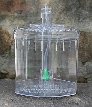 Filter (aquarium) - Air-driven corner filter