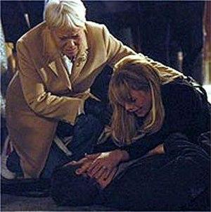 Dennis Rickman - Dennis dies in the street (2005)
