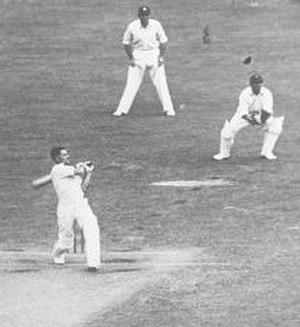Chuck Fleetwood-Smith - Fleetwood-Smith batting
