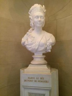 Nemours Mansion and Gardens - Bust located at the Nemours Mansion.