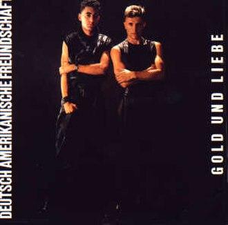 Gold und Liebe - Image: DAF Gold und Liebe LP cover