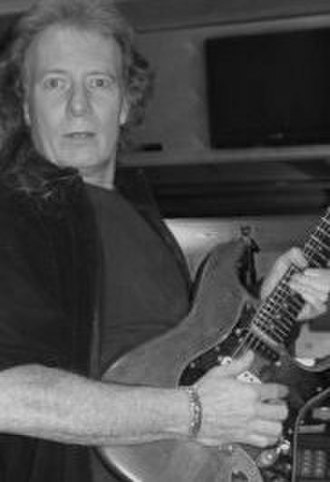 """Fastway (band) - """"Fast"""" Eddie Clarke, founder and lead guitarist of Fastway"""