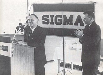 Phi Sigma Alpha - Don Luis A. Ferré (left)