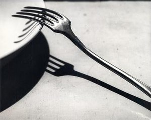 1928 in art - Image: Kertesz The Fork